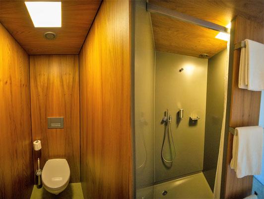 Das Badezimmer der Kartause Ittingen ist etwas geöhnungsbedürftig.