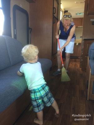 Ja Mama, putz erst einmal!