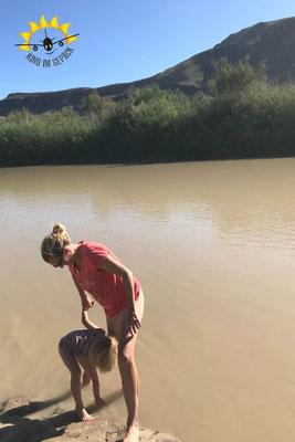 Körperwäsche im Rio Grande.