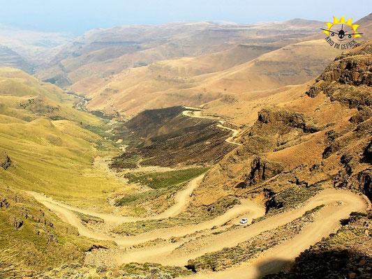 Der Sani Pass von oben.