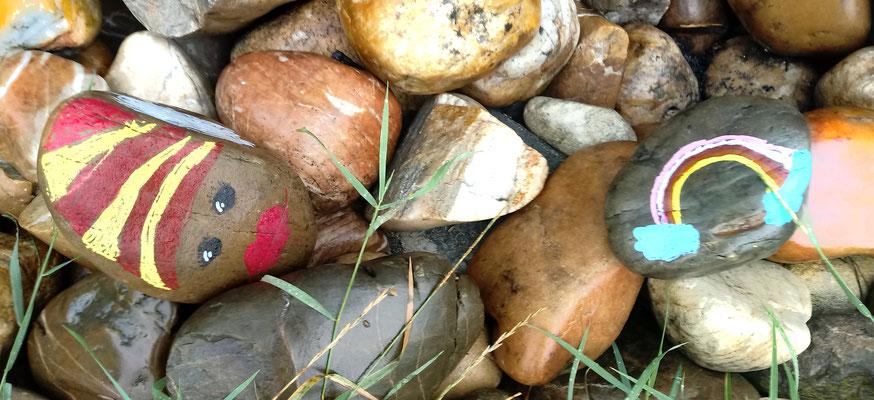 Bemalte Steine für den OGV