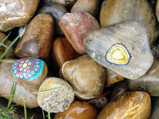 Bunte Steine für den OGV