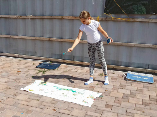 Actionmalerei auf Tapete