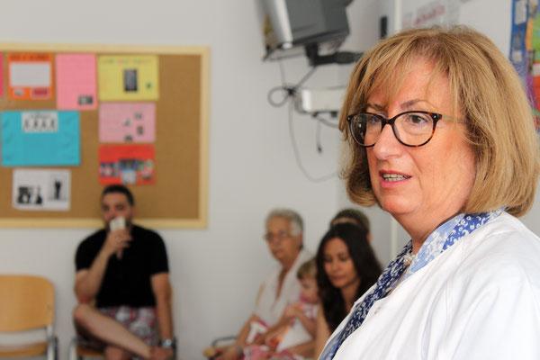 ESCUELA DE PEDIATRÍA. Impartida por Raquel Carnero, médica pediatra del Centro de Salud.