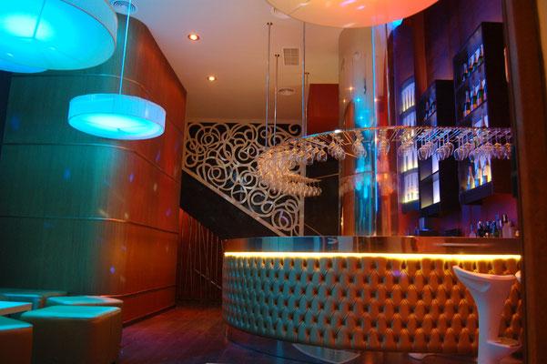 reformas de bares de copas/ Champagnería NICOL´S