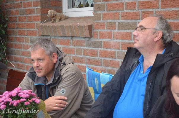 Uwe (gehört zu Amber) und Alfred (gehört zu Justus)