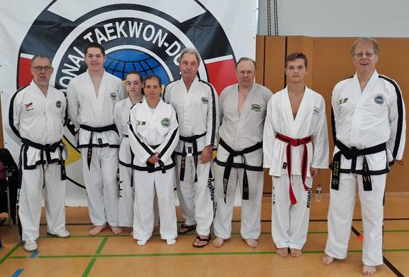 v.l.: Gerard Galinski, Pascal Potthoff, Elisabeth Buchmiller, Nicole Schebaum, Heiner Minzel, Norbert Bosse, Fabian Mulch, Jörg Raven