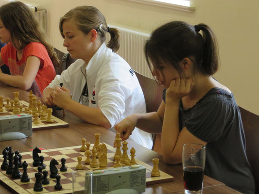 O-Ton von Anita Tusch (CLIQUE): Einfach Klasse Eure Chess-Ladies!