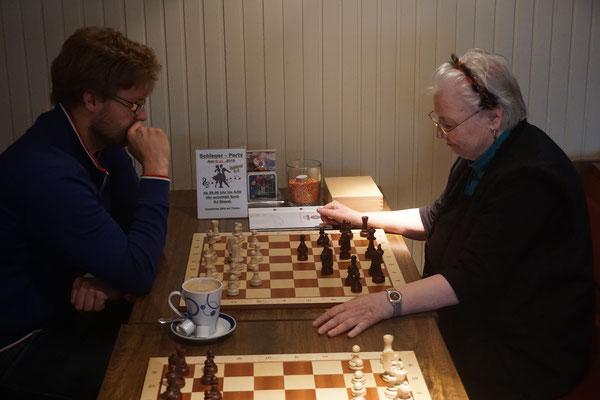 Oder noch ein Spielchen vorab (Sigrid und Robert).