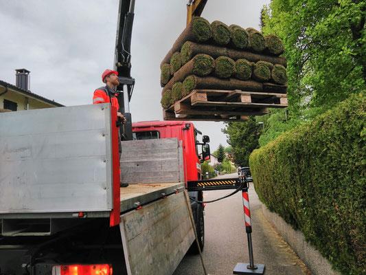 Lastwagenkran - Reusser Transporte AG Biberist
