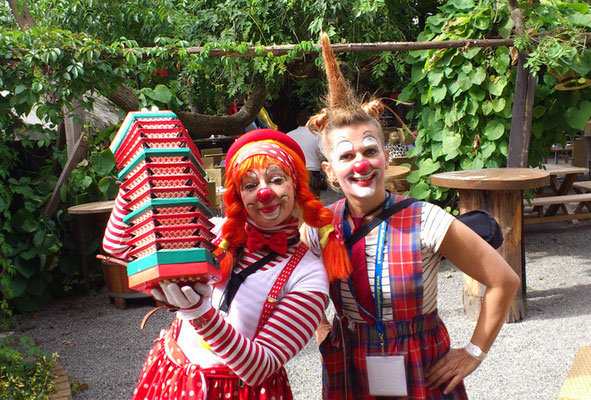 Clownin Popolina und Clownin Pipa