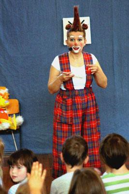 Sicherheit im Haushalt - Lehrreiches Kindertheater mit Clownin Popolina