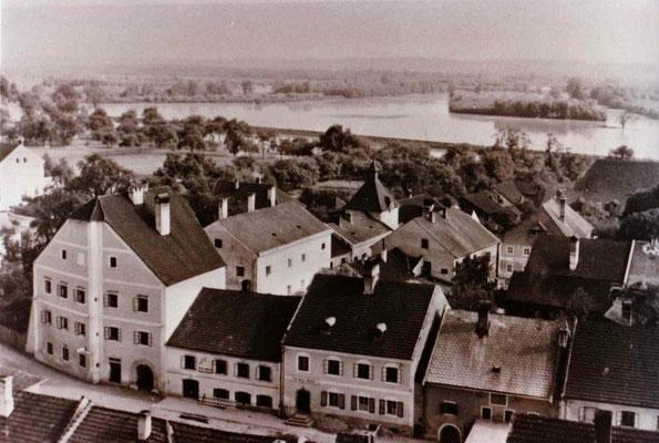 Hochwasser Juli 1954, vom Alten Schloß aus gesehen.
