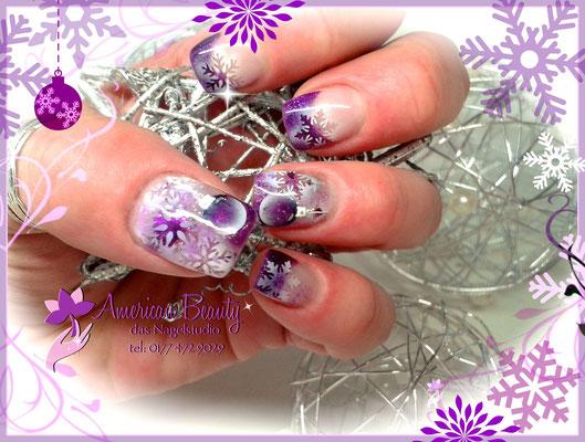 Gel Modellage - Schneeflocken & Weihnachtskugeln in Lila