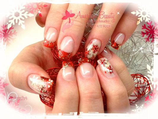 'Edel Schneeflocken mit Bling!' - Gel Modellage mit Airbrush Design