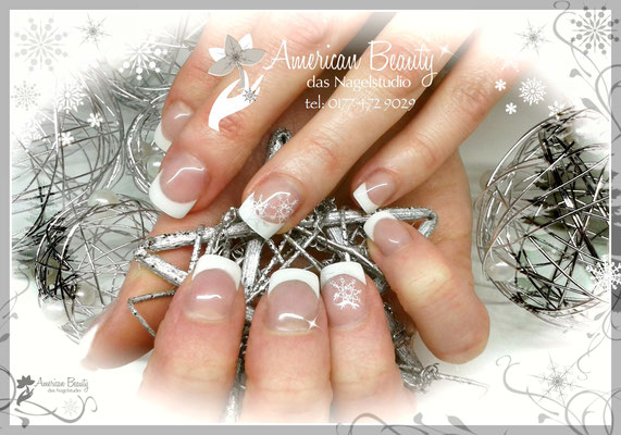 'Elegante im Winter' - Gel Modellage mit Airbrush Design