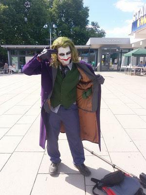 Ein unbeschreiblich lieber Joker (Cosplay Wrecking Crew)