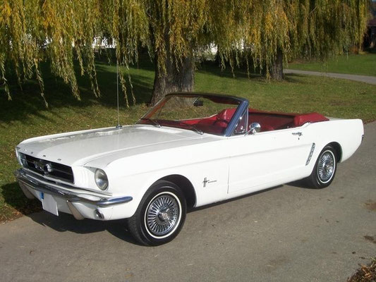 ford mustang cabrio classic trips oldtimer. Black Bedroom Furniture Sets. Home Design Ideas
