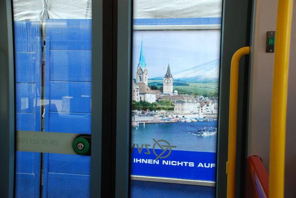 Nr. 2046 / 12.04.2008 / Zürich-Tram / 3872 x 2592 / JPG-Datei