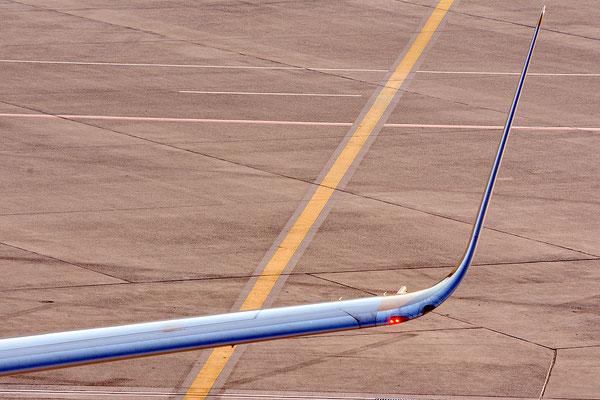 Nr. 2214 / 08.12.2013 / Flughafen Zürich / 6000 x 4000 / JPG-Datei