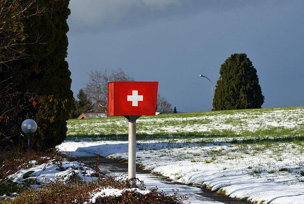 5163 / Woche 3 /  Briefkasten in Wallisellen