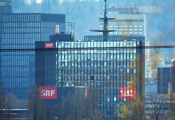 Nr. 5116 / Woche 16 / Zürich Oerlikon, SRF Gebäude, Blick Süd-West