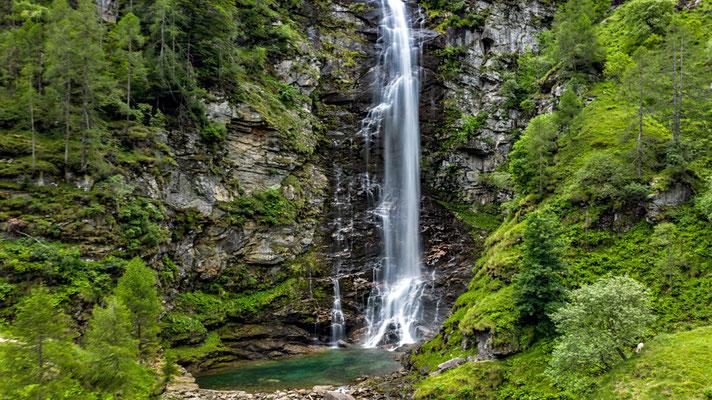 2020, Woche 25, Wasserfall bei Sonogno TI