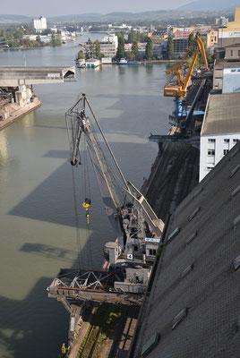 5240 / Woche 40 / Basler-Hafen, Blick vom Siloturm