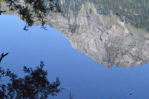 Nr. 211 / 08.09.12 / Klöntalersee, Spiegelung, Blick Richtung Nord-Ost/ 6016 x 4000 / JPG-Datei