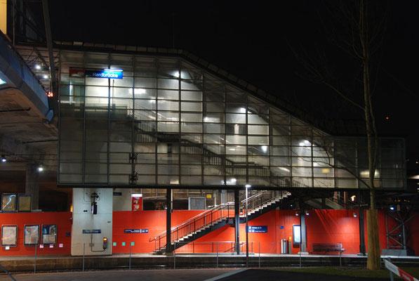 Nr. 113 / 04.03.12 / Zürich Bahnhof Hardbrücke / 3872 x 2592 / JPG-Datei