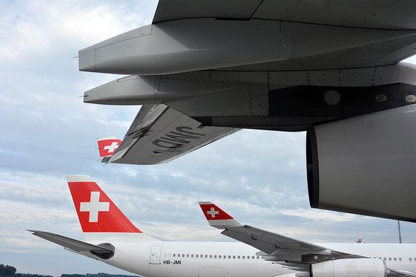 Nr. 2229 / 11.05.2014 / Flughafen Zürich / 6000 x 4000 / JPG-Datei