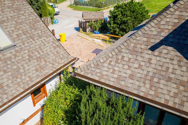 Na dach z gontu bitumicznego Landmark udzielana jest dożywotnia gwarancja producenta