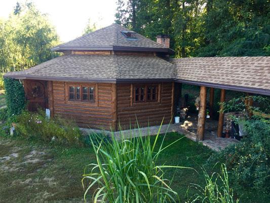 Na dachu gonty Timberline HD w kolorze Shakewood