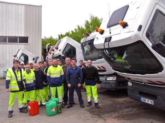 Grèves des éboueurs après le pillage de leurs réservoirs