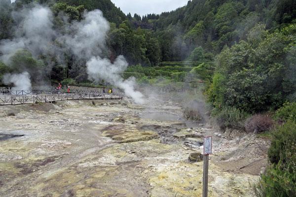 Vulkanische Aktivitäten am Lagoa das Furnas