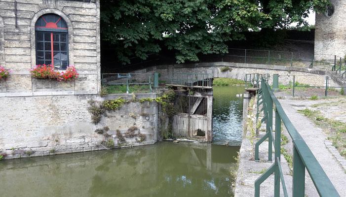 écluse du canal