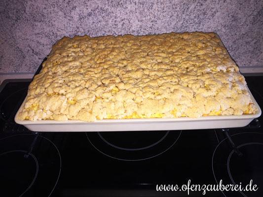 Apfelkuchen mit Streuseln auf dem großen Ofenzauberer von Pampered Chef®