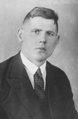 Portrait-Foto: Wilhelm um 1937