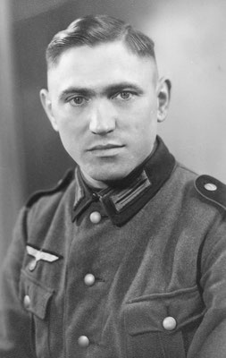 Josef in Uniform