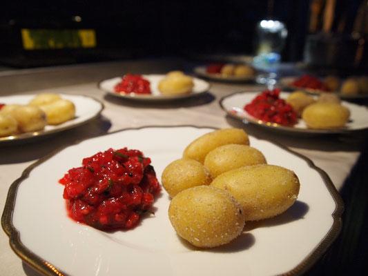 spanische Salz-Kartoffeln mit Tunke