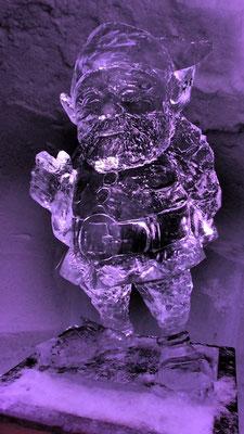 Nain - Sculpture sur Glace - Village Igloo Les Arcs -  hauteur 1m - Manon Cherpe