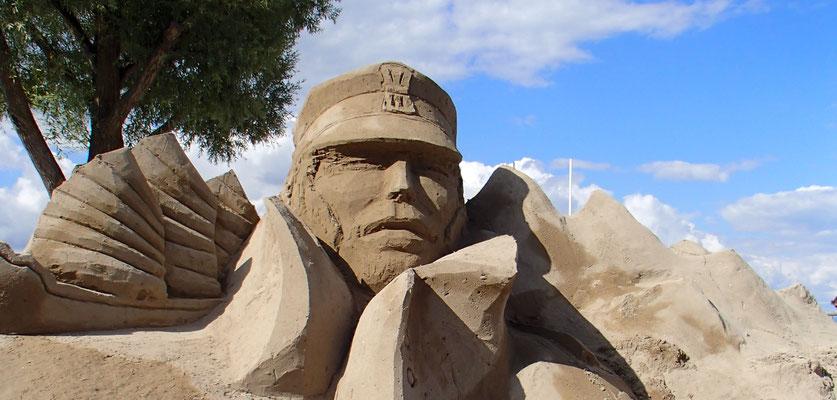 Corto - Sculpture sur Sable - Manon Cherpe