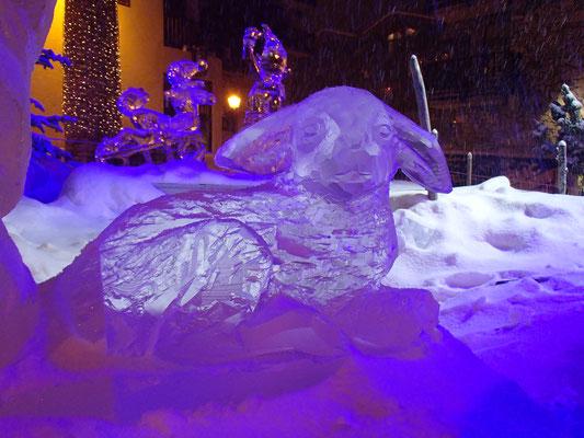 Agneau - Sculpture sur glace - Val d'Isère - Manon Cherpe
