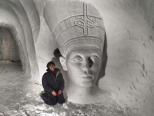 Nefertiti - Grotte de neige de Valloire - hauteur 2,5m - Manon Cherpe