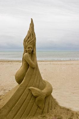 Sirène - sculpture sur sable, La Grande Motte - hauteur 1m20 , Manon Cherpe