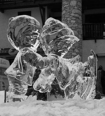 Petits patineurs - Sculpture sur glace - Val d'Isère - Manon Cherpe