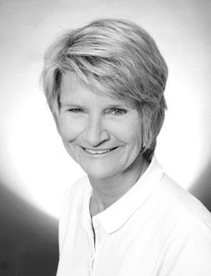 Frau Schmeiser (ZFA): Verwaltung, Abrechnung, Assistenz