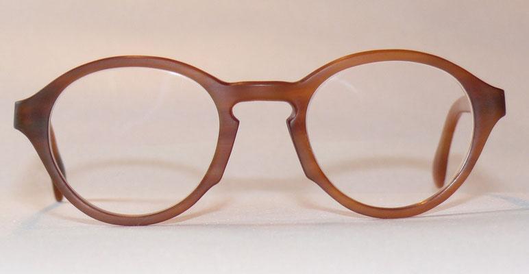 Kleine Büffelhornbrille