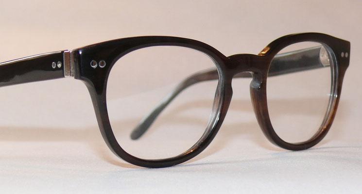Büffelhornbrille mit Nietscharnier Naturhornbrille