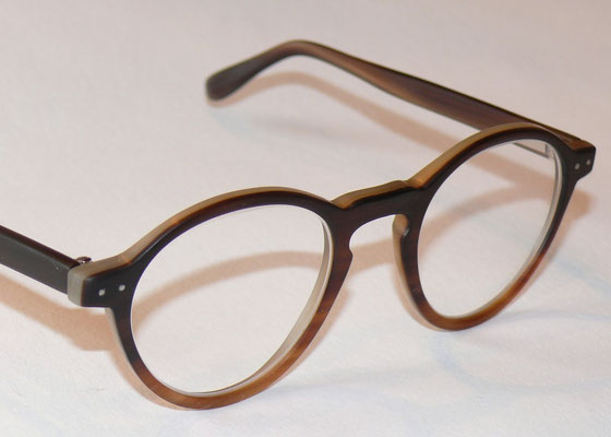 Panto Büffelhornbrille matt